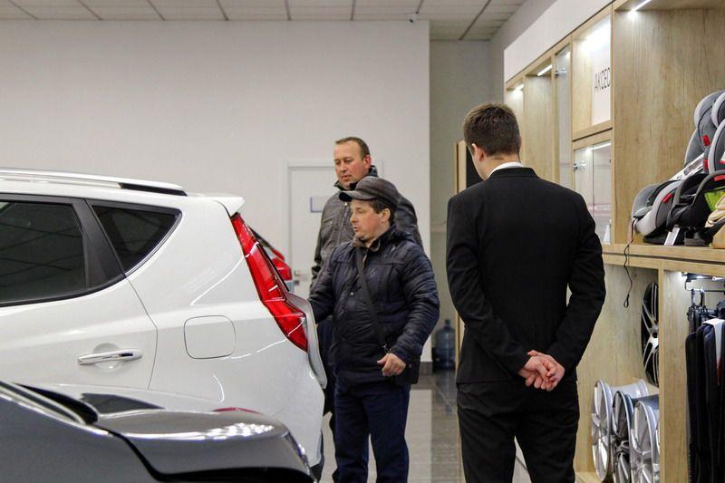 «С зарплатой 1200 рублей не могу купить Atlas!» Кому в Беларуси Geely по карману? 13