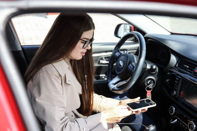 Работа с личным авто для девушки омск девушки на высокооплачиваемую работу